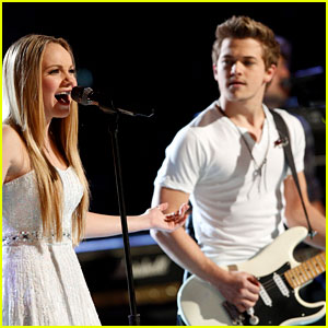 'The Voice' Finale: Danielle Bradbery Performs with Hunter Hayes - Watch Now!