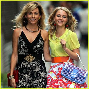 AnnaSophia Robb & Lindsey Gort: Carrie Meets Samantha!
