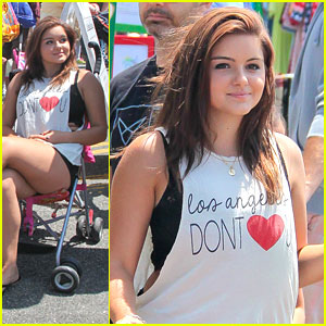 Ariel Winter Sits in Stroller at Farmer's Market