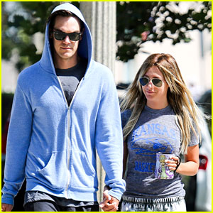 Ashley Tisdale: Trader Joe's with Christopher French!