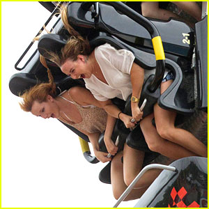 Bella Thorne: Six Flags with Friends