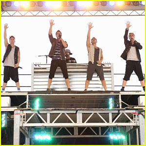 Big Time Rush Perform Free Concert for Newton Families
