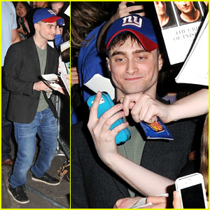 Daniel Radcliffe: Returning To 'The Simpsons'!