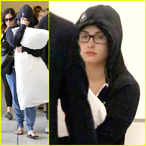 Demi Lovato: Low Key LAX Arrival