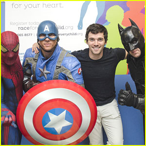 Ian Harding: Race For Every Child 5K in Washington, D.C.!