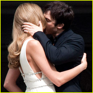 Ian Somerhalder & Model Ana Beatriz Barros: Commercial Kisses!