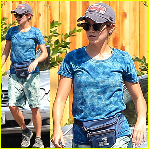 Nikki Reed: Fanny Pack Hiker