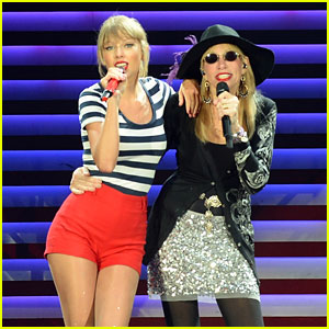 Taylor Swift: 'You're So Vain' with Carly Simon - Watch Now!