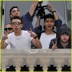 The Wanted: Serenaded by Parisian Fans - Watch Now!