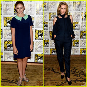 Willow Shields & Jena Malone: 'Catching Fire' Panel at Comic-Con 2013!