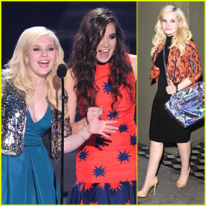 Abigail Breslin: Dinner at Craig's After Teen Choice Awards