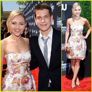 AnnaSophia Robb & Liam James