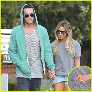 Ashley Tisdale Shows Off Engagement Ring!