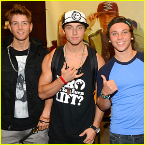 Emblem3: 'Nothing to Lose' Signing at The Grove