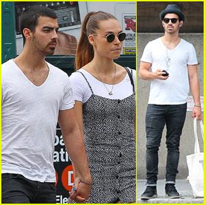 Joe Jonas & Blanda Eggenschwiler: Hand-Holding Shopping Duo