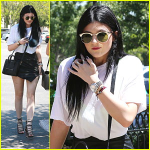 Kylie Jenner: Lunch With Friends Ahead of Weekend Birthday Bash