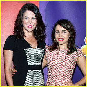 Lauren Graham Picks Mae Whitman for 'Someday, Someday, Maybe' TV Adaption