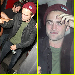 Robert Pattinson Enjoys Bobby Long Concert!