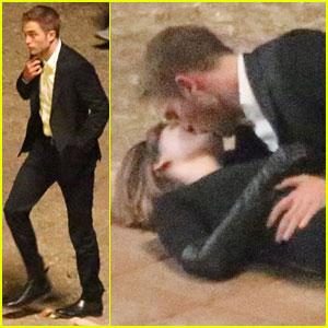 Robert Pattinson Shoots Romantic Scene with Mia Wasikowska