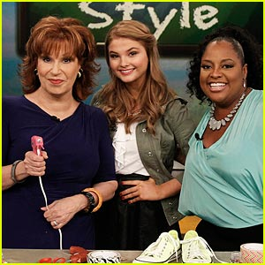 Stefanie Scott: 'The View' Appearance Pics!