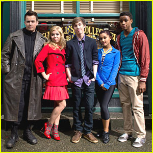 Jennette McCurdy: New 'Swindle' Trailer & Pics!