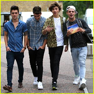 Union J: Selena Gomez is Crazy Hot!
