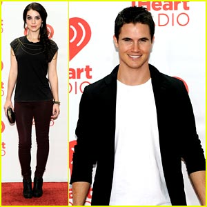 Adelaide Kane: iHeartRadio Festival Fun with Robbie Amell!