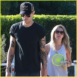 Ashley Tisdale & Christopher French: Runyon Canyon Couple!