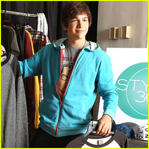 Austin Mahone: Backstage at Style360!