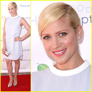 Brittany Snow: Live Love Spa Event