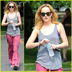 Dakota Johnson: 'Cymbeline' Set Cutie!