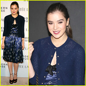 Hailee Steinfeld: Marc Jacobs Fashion Show & Modern Muse Launch