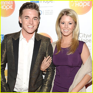 Jesse McCartney & Katie Peterson: City of Hope Spirit of Life Gala 2013