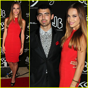Joe Jonas & Blanda Eggenschwiler: Nick Jonas' 21st Birthday Party!
