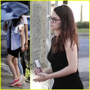 Kristen Stewart: Covered Up on 'Sils Maria' Set!