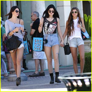 Kylie & Kendall Jenner: Saturday Shopping Sisters