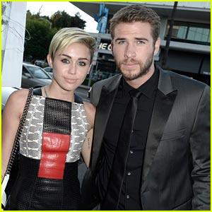 Liam Hemsworth Unfollows Miley Cyrus on Twitter