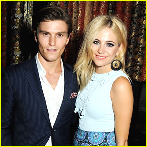 Pixie Lott & Oliver Cheshire: BRITS Icon Awards 2013