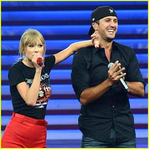 Taylor Swift: 'I Don't Want This Night to End' Performance with Luke Bryan!