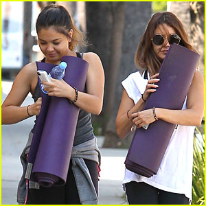 Vanessa & Stella Hudgens: Yoga Buddies!