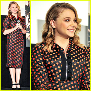 Chloe Moretz: 'Carrie' Conference in Tokyo