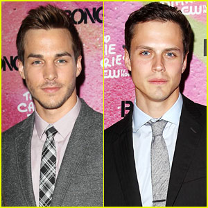 'The Carrie Diaries' Interviews: Jake Robinson & Chris Wood on Second Season Love