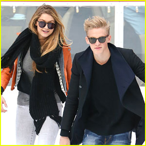 Cody Simpson: Rockefeller Center Skater