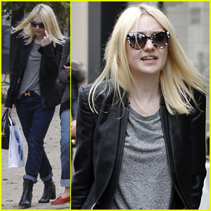 Dakota Fanning: Paris Sightseeing Cutie!