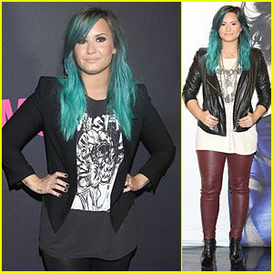 Demi Lovato: Glamour Magazine 15th Anniversary Gala!