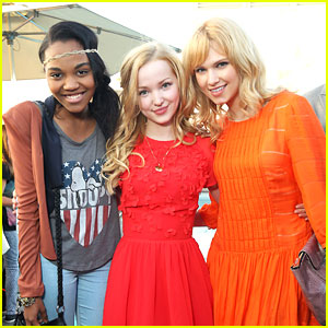 Dove Cameron & Claudia Lee: Saving Spot! with Garrett Clayton