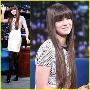 Hailee Steinfeld Talks 'Ender's Game' with Jimmy Fallon - Watch Now!