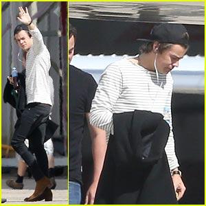 Harry Styles Waves Goodbye to Australia