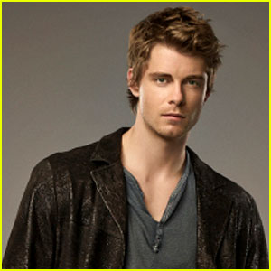 'Tomorrow People' Interview: Luke Mitchell on John & Cara's 'Tumultuous Journey'