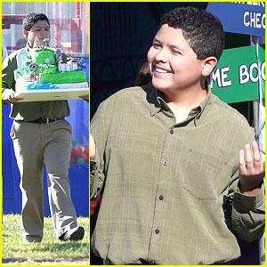 Rico Rodriguez: Green Cake Carrier on 'Modern Family' Set
